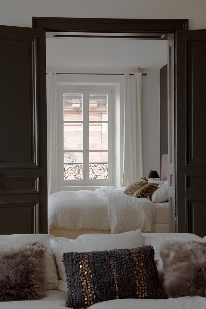Julien-Rhinn-Appartement-Hausmanien-revisite-01